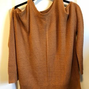 Shoulder cut out sweater